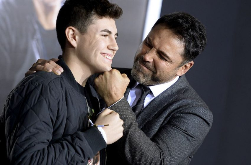Boxing De La Hoya hospitalized with COVID-19, withdraws from upcoming fight